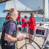 sailor steering sunsail 41.0 monohull